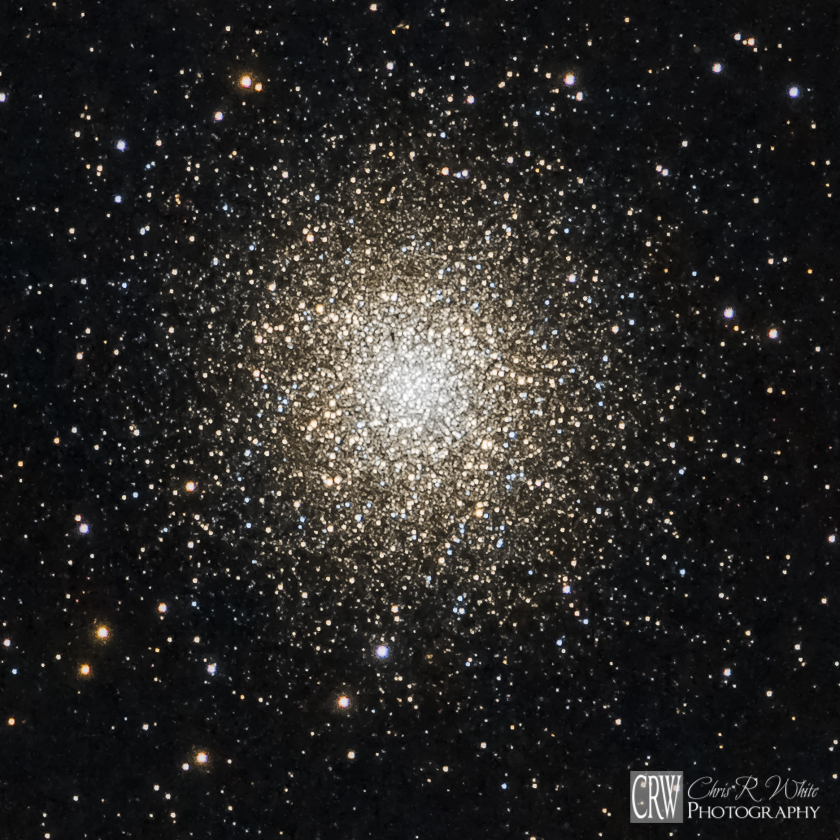 A closer crop of Messier 13, which contains over 300,000 densely packed stars.